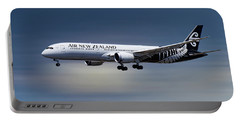 Air New Zealand Boeing 787-9 Dreamliner Portable Battery Charger