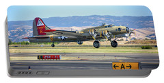 B17 Flying Fortress Takeoff At Livermore Portable Battery Charger