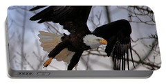 Bald Eagle In Flight Portable Battery Charger