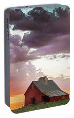 Portable Battery Charger featuring the photograph Barn In Stormy Skies by Dawn Romine