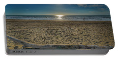 Beach With Wood Trunk - Spiaggia Con Tronco Iv Portable Battery Charger