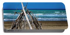 Beach With Wooden Tent - Spiaggia Con Tenda Di Legno Portable Battery Charger
