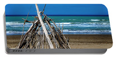 Beach With Wooden Tent - Spiaggia Con Tenda Di Legno Portable Battery Charger
