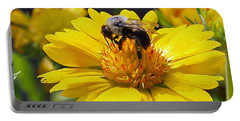 Bee 3 Portable Battery Charger