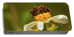 Bee Among Daisies Portable Battery Charger