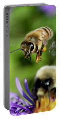 Bee In Flight  Portable Battery Charger