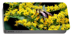 Bee In The Rawweed Portable Battery Charger