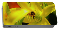Bee On Yellow Lilly Portable Battery Charger