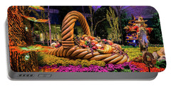 Bellagio Harvest Show Basket And Scarecrow 2016 Portable Battery Charger