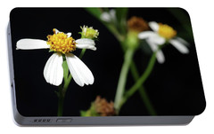 Portable Battery Charger featuring the photograph Bidens Alba by Richard Rizzo