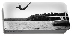 Big Pond Swan Dive Portable Battery Charger