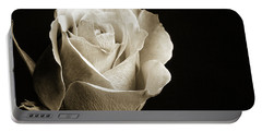Black And White Rose 5534.01 Portable Battery Charger