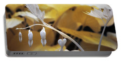 Bleeding Heart Gld Portable Battery Charger