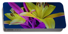 Portable Battery Charger featuring the photograph Bold Beautiful Flowers by Ray Shrewsberry