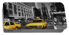 New York Yellow Taxi Cabs - Highlight Photo Portable Battery Charger