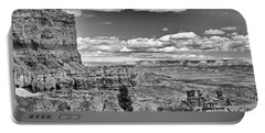 Bryce Canyon In Black And White Portable Battery Charger
