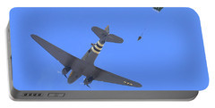 C47 And Paratroopers At Salinas Portable Battery Charger
