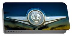 Checker Marathon Taxicab Emblem -ck1104c Portable Battery Charger