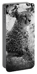 Cheetah B W, Guepard Black And White Portable Battery Charger