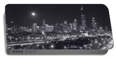 Chicago By Night Portable Battery Charger