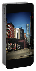 Chicago L Between The Walls Portable Battery Charger