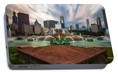 Portable Battery Charger featuring the photograph Chicago's Buckingham Fountain by Sean Foster