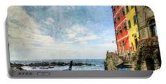 Cinque Terre - Little Port Of Riomaggiore - Vintage Version Portable Battery Charger
