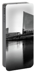 Portable Battery Charger featuring the photograph Cira Centre - Philadelphia Urban Photography by David Sutton
