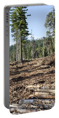 Clearcutting Portable Battery Charger