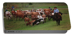 Close Cattle Call Portable Battery Charger