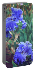 Portable Battery Charger featuring the photograph Close To Heaven by Linda Lees