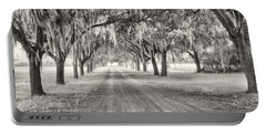Coosaw Plantation Avenue Of Oaks Portable Battery Charger