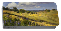 Cottonwood Canyon Portable Battery Charger