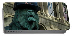 Cub Hat On Art Institute Lion Telephoto Portable Battery Charger