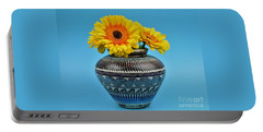 Daisies Displayed In Navajo Native American Vase Portable Battery Charger