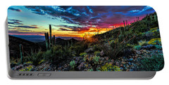 Desert Sunset Hdr 01 Portable Battery Charger