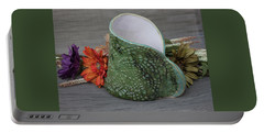 Doily Vase II Portable Battery Charger