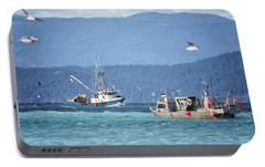 Portable Battery Charger featuring the photograph Elora Jane by Randy Hall