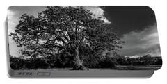 Engellman Oak Palomar Black And White Portable Battery Charger