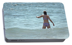 Portable Battery Charger featuring the photograph Entering Waves Of Pacific Ocean by Yurix Sardinelly