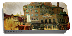 Fall In St Charles Portable Battery Charger