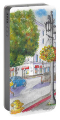 Farola With Flowers In Wilshire Blvd., Beverly Hills, California Portable Battery Charger