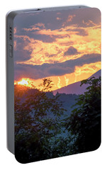 Portable Battery Charger featuring the photograph Fleetwood Mountains by Tom Singleton