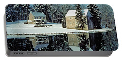Grings Mill Snow 001 Portable Battery Charger