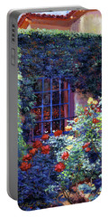 Guesthouse Rose Garden Portable Battery Charger