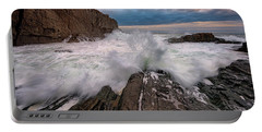 Portable Battery Charger featuring the photograph High Tide At Bald Head Cliff by Rick Berk