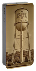 Historic Leclaire Illinois Water Tower 7r2_dsc0120_07192017 Portable Battery Charger
