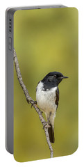 Hooded Robin Portable Battery Charger