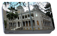 Portable Battery Charger featuring the photograph Iolani Palace, Honolulu, Hawaii by Mark Czerniec