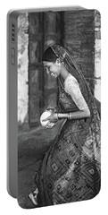 Jaisalmer Beauty 2 - Paint Bw Portable Battery Charger